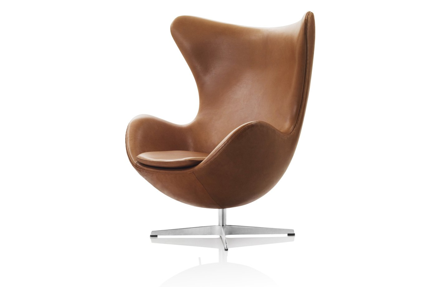 Egg lounge chair – tan