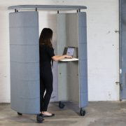 INNO-POD-partition-blue-standing