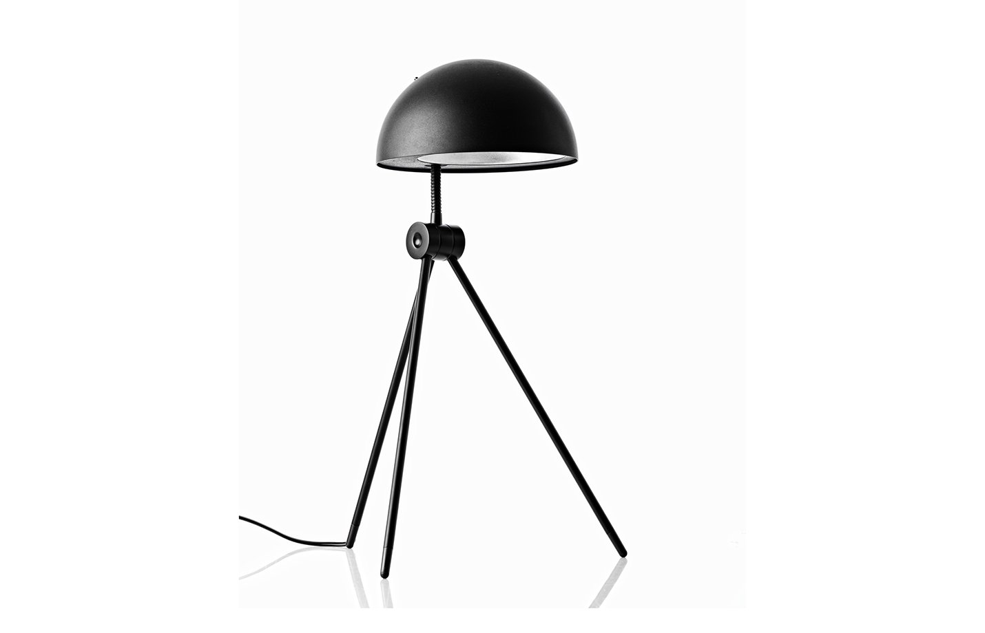 Radon table lamp – Black