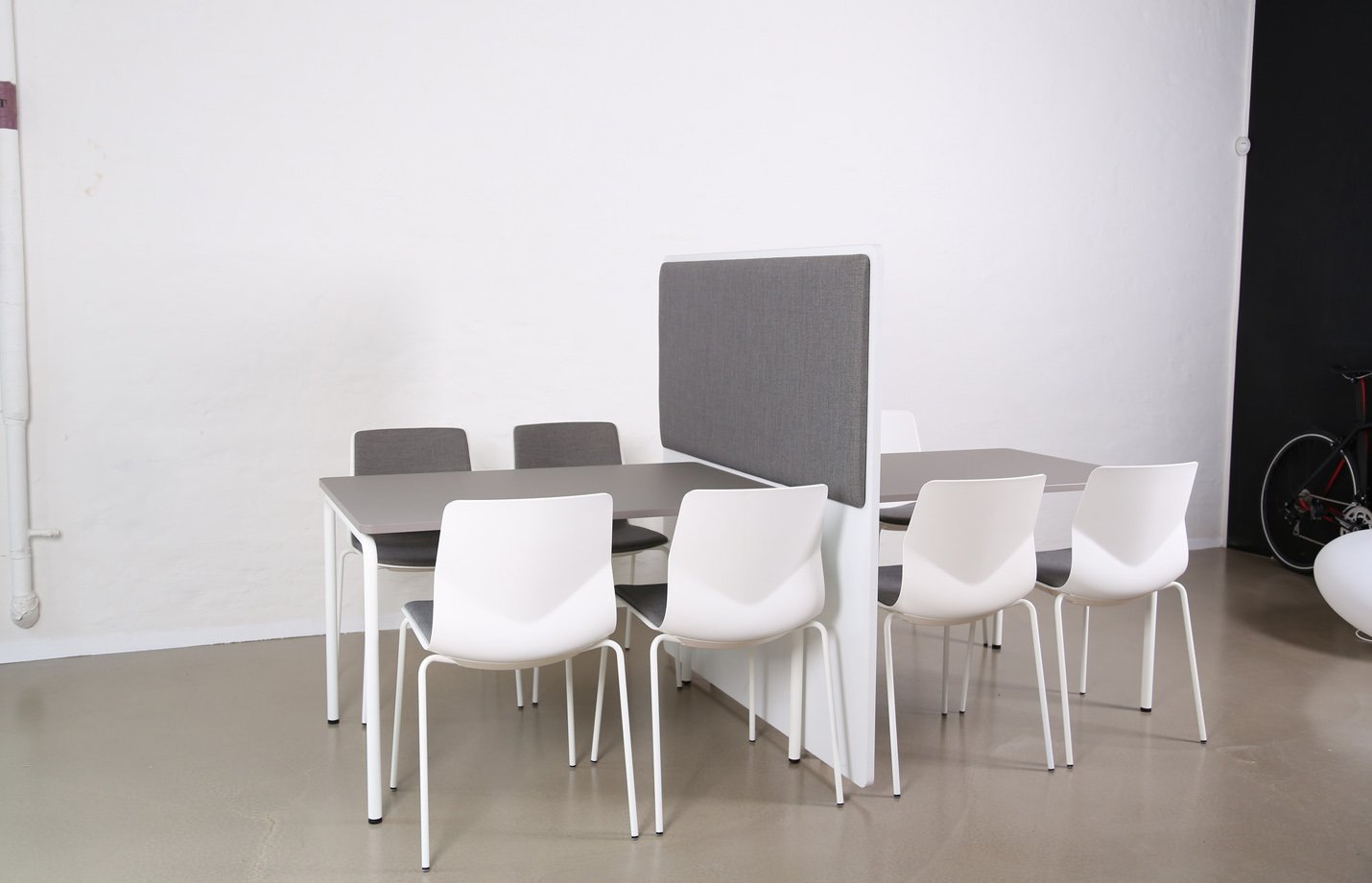 RinR partition – grey