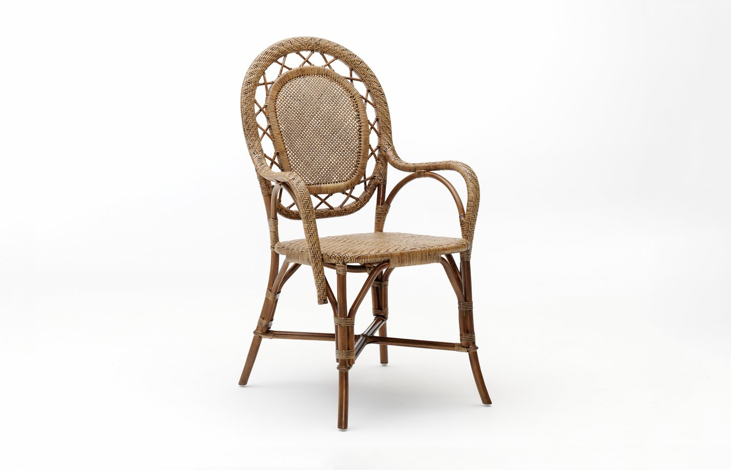 Romantica chair – rattan – antique