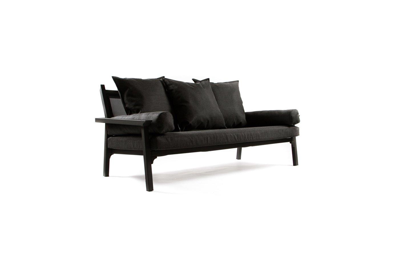 Classique Sofa – Charbon