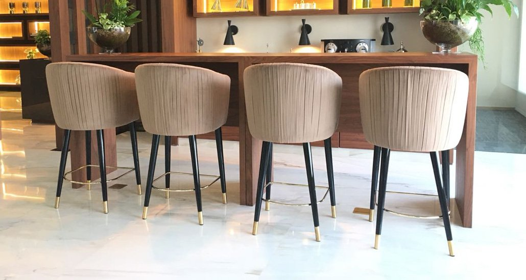 Luxury-furniture-barstool-brass