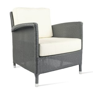 Dovile-lounge-chair
